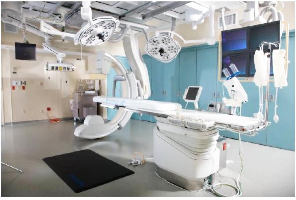Операционная, в которой проходят операции.
