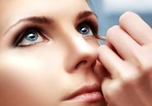 3 секрета макияжа для пользователей контактных линз