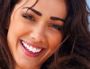 сияющая улыбка