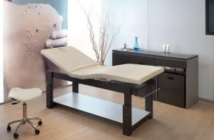 Как выбрать массажный стол для дома