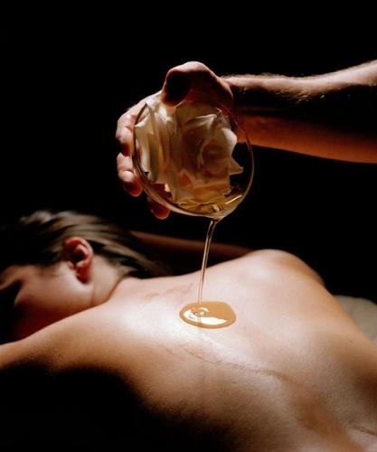 Полезен ли эротический массаж человеку