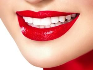 Технологии, используемые для протезирования передних зубов